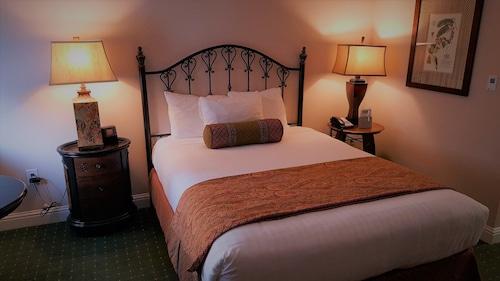 The Monterey Hotel, Monterey