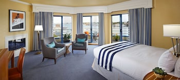 Suite (Waterfront)