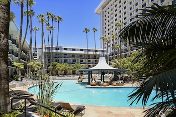 洛杉磯機場萬豪飯店 Los Angeles Airport Marriott