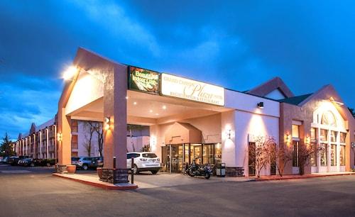 . Grand Canyon Plaza Hotel