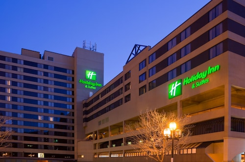 __{offers.Best_flights}__ Holiday Inn & Suites Duluth Downtown