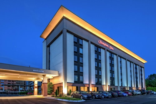 . Hampton Inn Charlotte - University Place