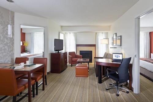 Residence Inn by Marriott Madison East, Dane