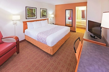 Hotel - La Quinta Inn by Wyndham San Antonio Sea World Ingram Park