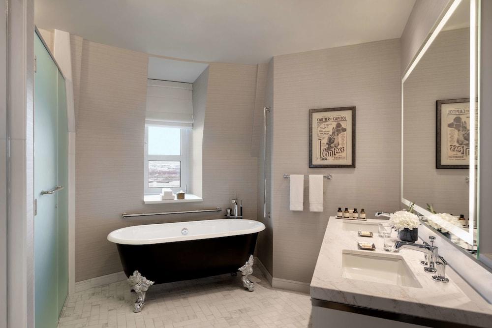 https://i.travelapi.com/hotels/1000000/20000/12600/12522/91ab24cd_z.jpg