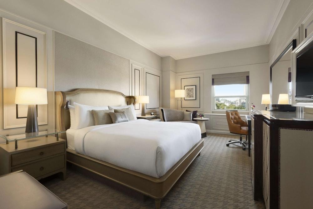 https://i.travelapi.com/hotels/1000000/20000/12600/12522/d0943043_z.jpg