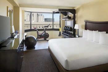Room, 1 King Bed (Fitness Room)