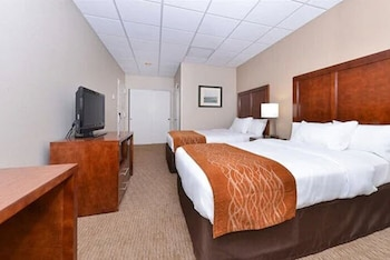 Room, 2 Double Beds, Non Smoking (Upgrade)