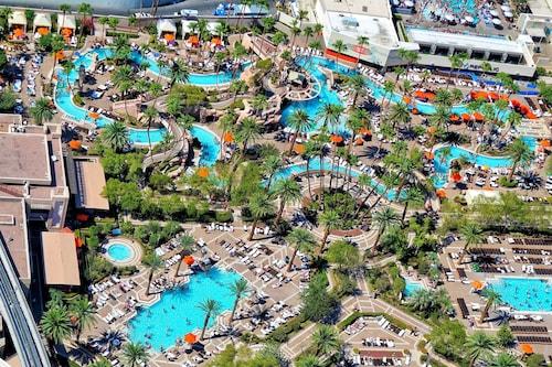 MGM Grand Hotel & Casino image 20