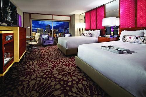 MGM Grand Hotel & Casino image 8