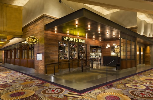 MGM Grand Hotel & Casino image 70