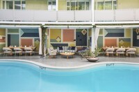 Avalon Hotel Beverly Hills