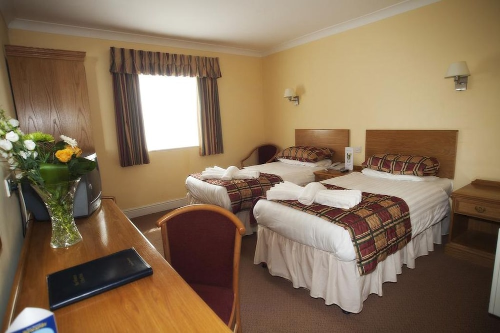 우포드 파크 우드빌리지 호텔, 골프 앤드 스파(Ufford Park Woodbridge Hotel, Golf & Spa) Hotel Thumbnail Image 20 - Guestroom