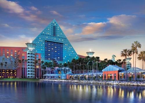 Walt Disney World Dolphin image 51