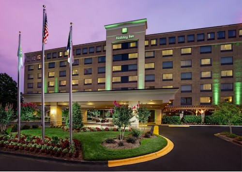 . Holiday Inn Charlotte University Executive Park