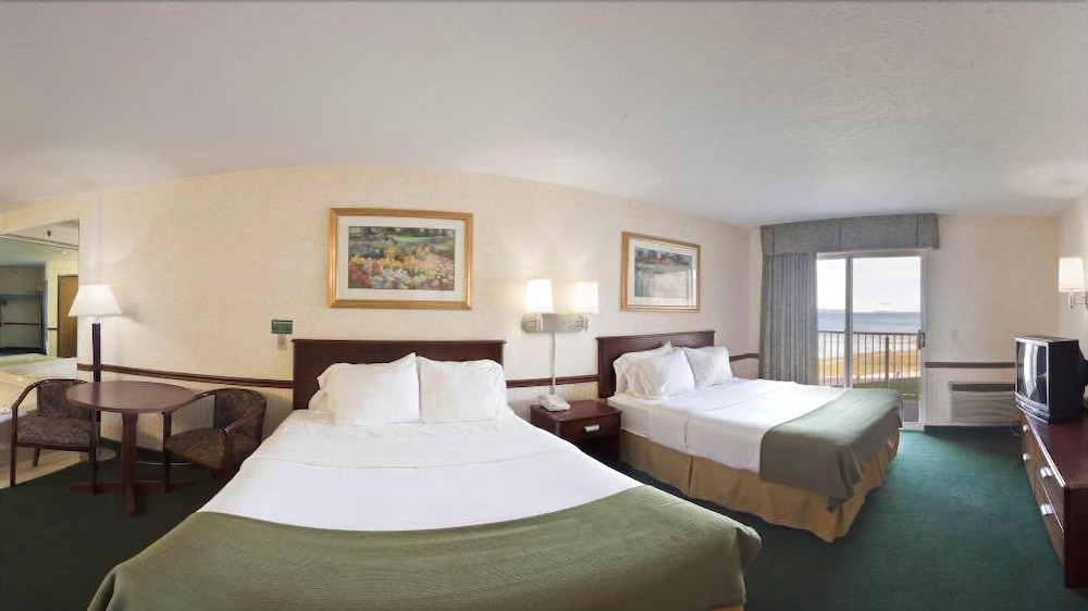 Holiday Inn Express St. Ignace-Lake Front, Mackinac