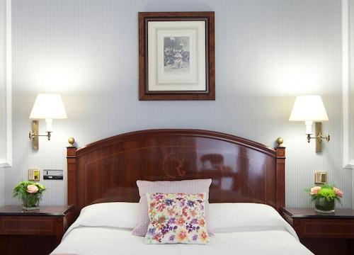 . Hotel Rice Reyes Católicos