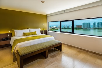 Resort Suite Lagoon View