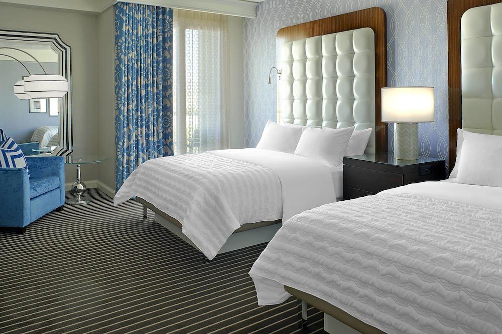 https://i.travelapi.com/hotels/1000000/20000/13000/12942/b6f5394a_z.jpg