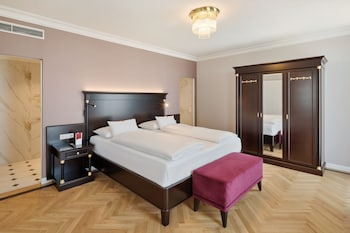 Kaiser Suite
