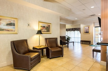 Lobby at Quality Inn Andrews Air Force Base in Camp Springs