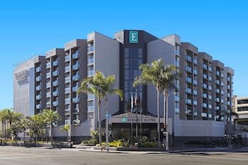 洛杉磯國際機場北希爾頓大使套房飯店 Embassy Suites by Hilton Los Angeles International Airport North