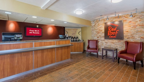 . Red Roof Inn Jacksonville Airport