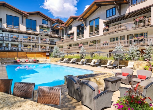 . The Lodge at Vail, A RockResort