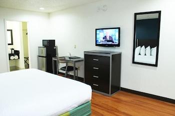 Guestroom at Stay Express Inn Dallas - Fair Park / Downtown in Dallas