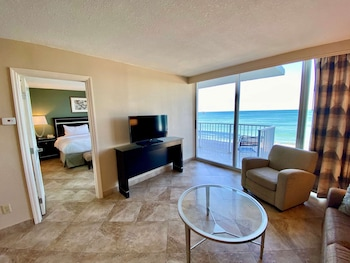 Suite, 1 Bedroom, Non Smoking, Oceanfront (1 Kingbed)
