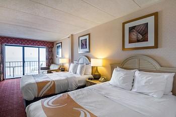 Room Handicap Accessible, Oceanfront, 2 Double Beds & Sofa, Kitchenette