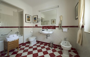 Classic Double Room, 1 Double or 2 Twin Beds, Annex Building