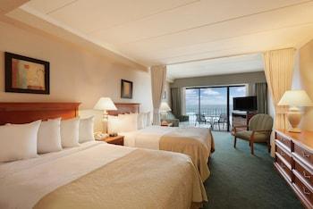 Room, Multiple Beds, Non Smoking, Oceanfront (Efficiency)