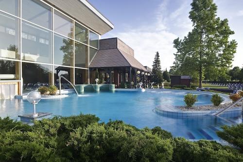 . Danubius Hotel Bük