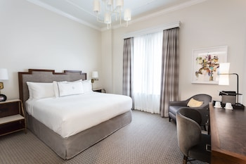 Classic Room (Penthouse Level)