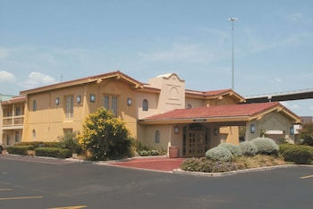 Hotel - La Quinta Inn by Wyndham Austin University Area
