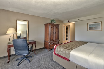 Suite, 1 King Bed, Non Smoking (Two-Bedroom Suite)