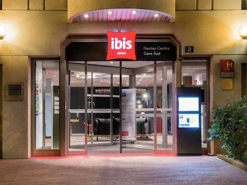 . ibis Nantes Centre Gare Sud