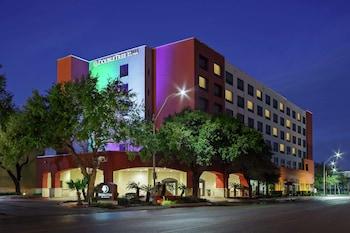 聖安東尼奧市中心希爾頓逸林飯店 DoubleTree by Hilton San Antonio Downtown