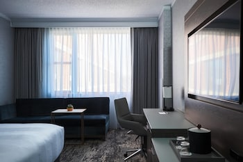 Concierge Room, Room, 1 King Bed, Business Lounge Access