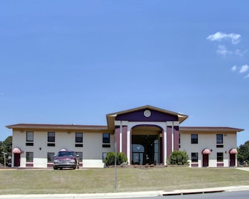 Hotel - Econo Lodge & Conference Center