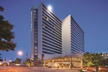 塔爾薩市中心希爾頓逸林飯店 DoubleTree by Hilton Tulsa Downtown