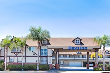 Hotel - Days Inn by Wyndham Long Beach City Center