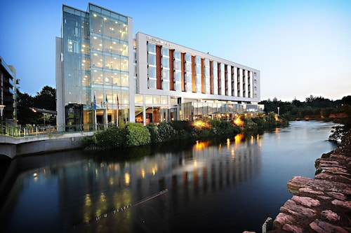 . The River Lee Hotel