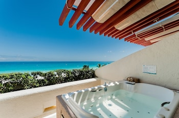Deluxe Room, Jetted Tub, Ocean View Free Wi-Fi