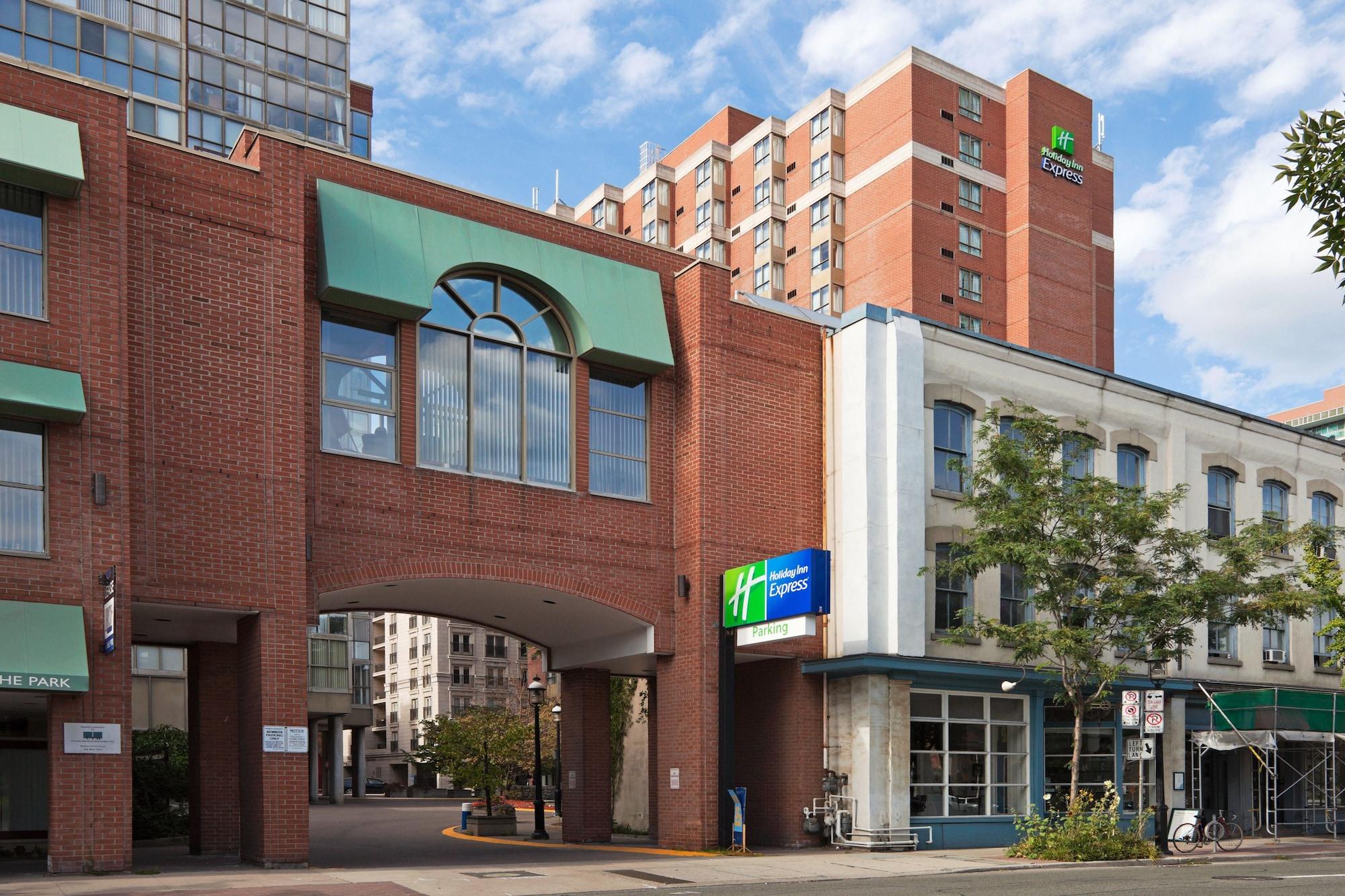 Holiday Inn Express Toronto - Downtown, Toronto