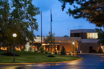 Hotel - Hilton Woodcliff Lake