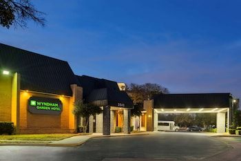 Hotel - Wyndham Garden Dallas North