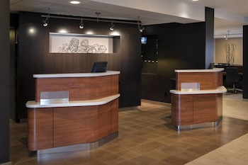 Chicago Vacations - Courtyard by Marriott Chicago Naperville - Property Image 1