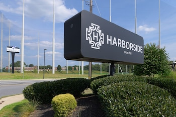 Hotel - Harborside Hotel